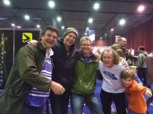 Team Paul Hendrix/Jeroen Kals wint op zondag. Joris & Jasper Weitjens delen in de vreugde.