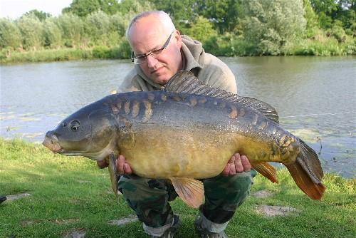 Wim Iseger met een Valkenswaard klapstaart van 13 kg.